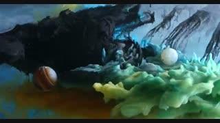 رقص با شکوه مرکب در آب