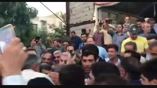 بدرقه پرشور دکتر احمدی نژاد پس از سخنرانی در مراسم جشن میلاد حضرت معصومه(س)