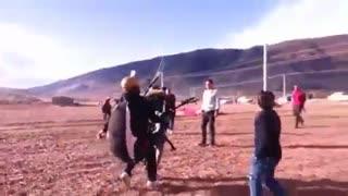 پاراگلایدر سواری سمیرا حسینی