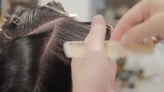 آموزش مدل مو مردانه فر کلاسیک- مومیس مشاور و مرجع تخصصی مو