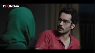 اتاق تاریک : وقتی فرهاد ماجرای بچه برای مادرش(ساره بیات) بازگو میکند