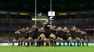 رقص هاکا تیم نیوزیلند در برابر تیم انگلیس