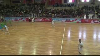 دیدار تیم های ذوب آهن اصفهان و سربداران سبزوار در لیگ برتر هندبال ایران