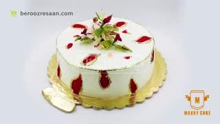 کیک سفارشی با ورق طلا و گل شکری وانیلی ماری کیک-به روز رسان